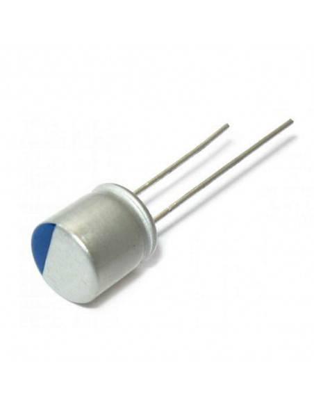 Condensador aluminio estado sólido 16V 220uF 105º